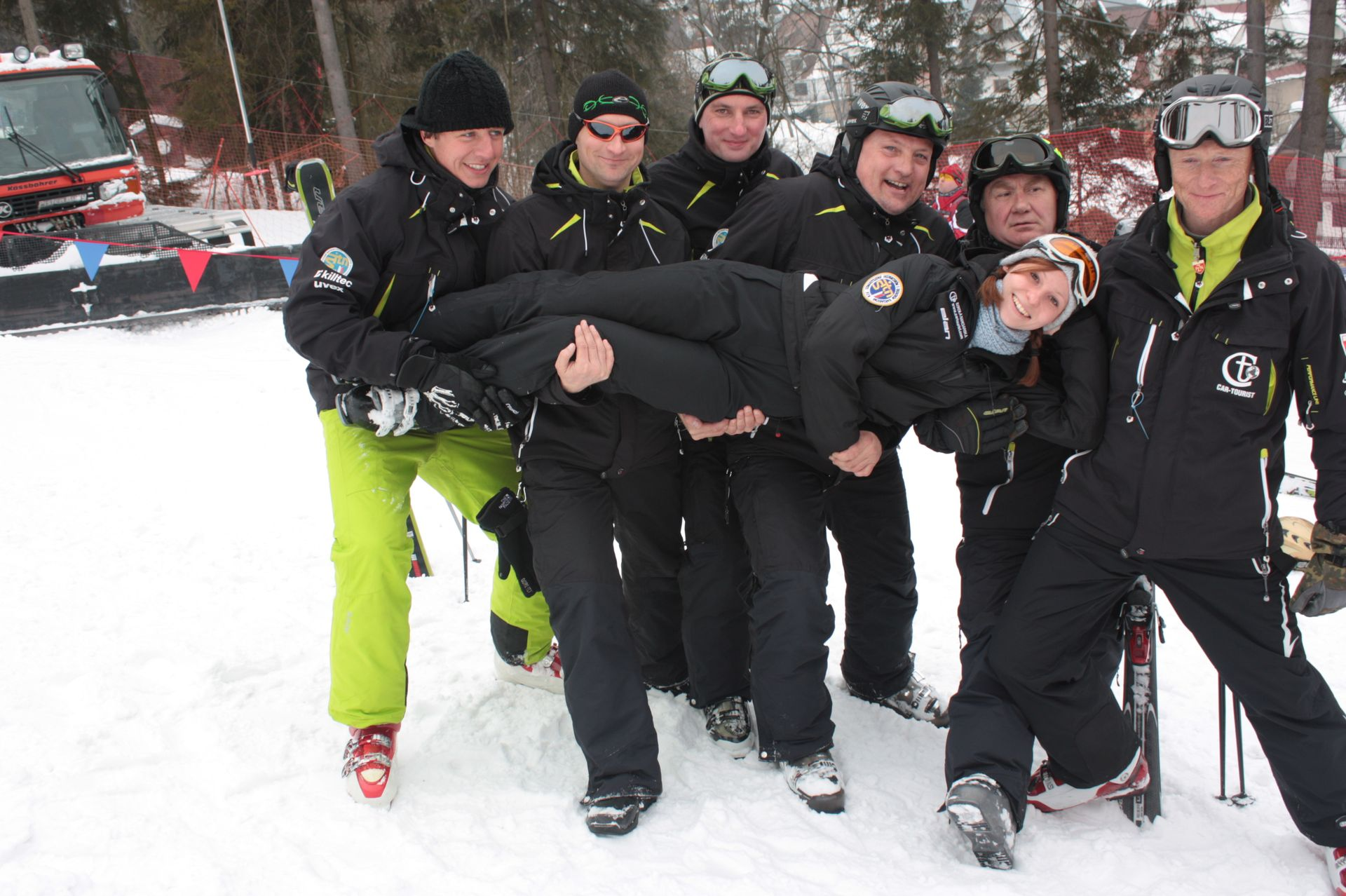 CarTourist_narty-snowboard_2012-foto-22