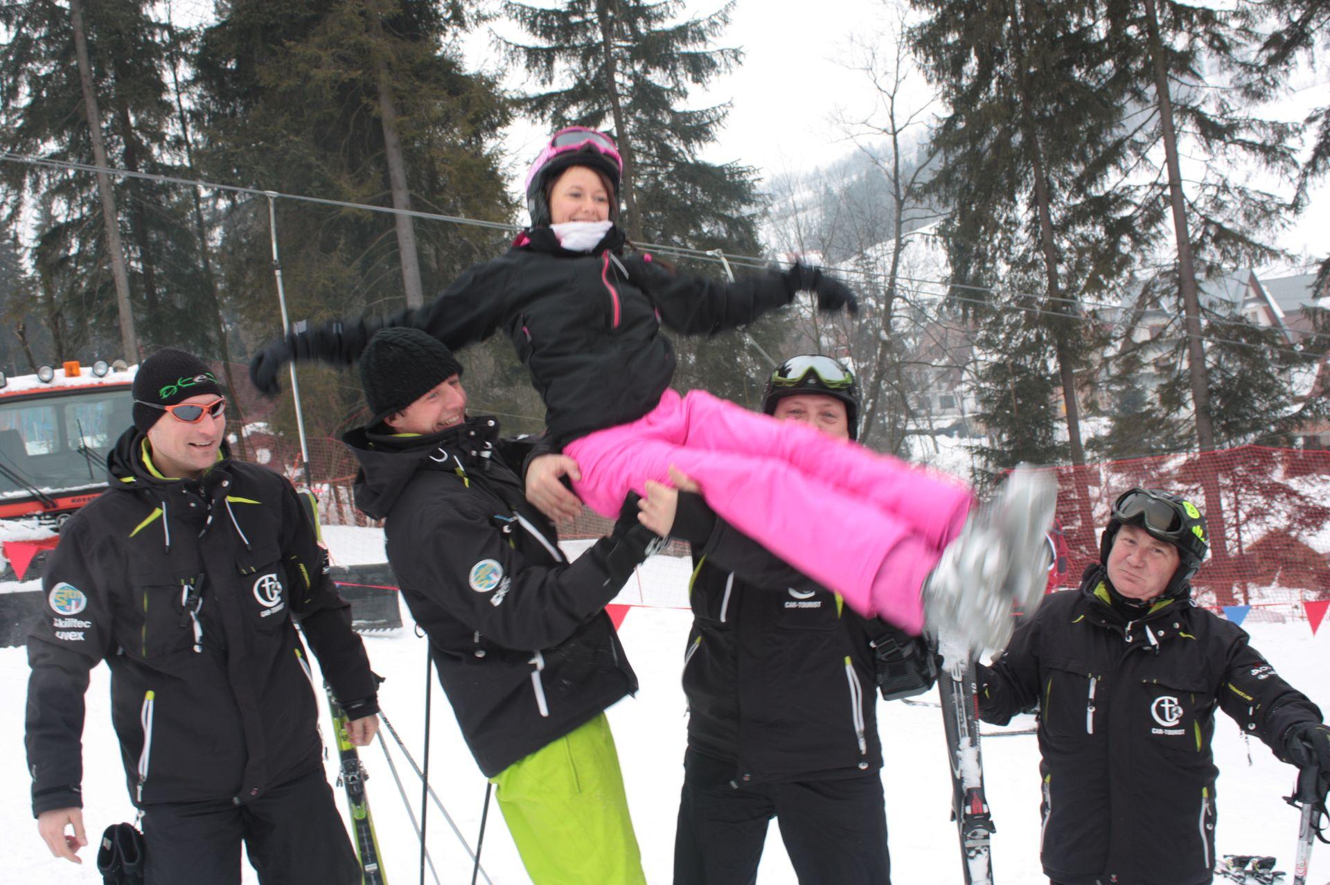 CarTourist_narty-snowboard_2012-foto-23