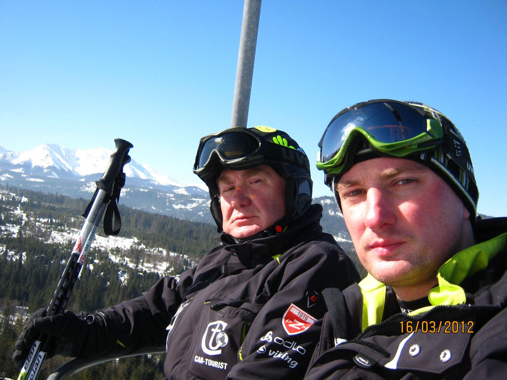 CarTourist_narty-snowboard_2012-foto-3
