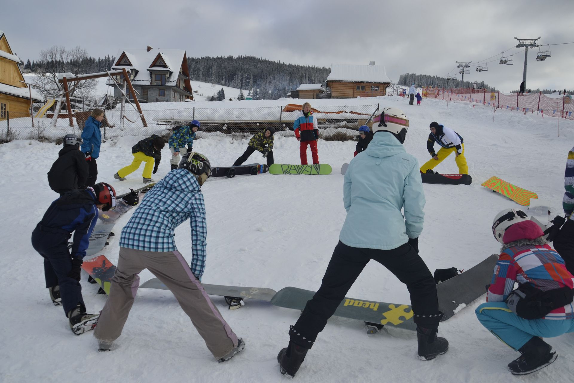 CarTourist_narty-snowboard_2013-foto-1
