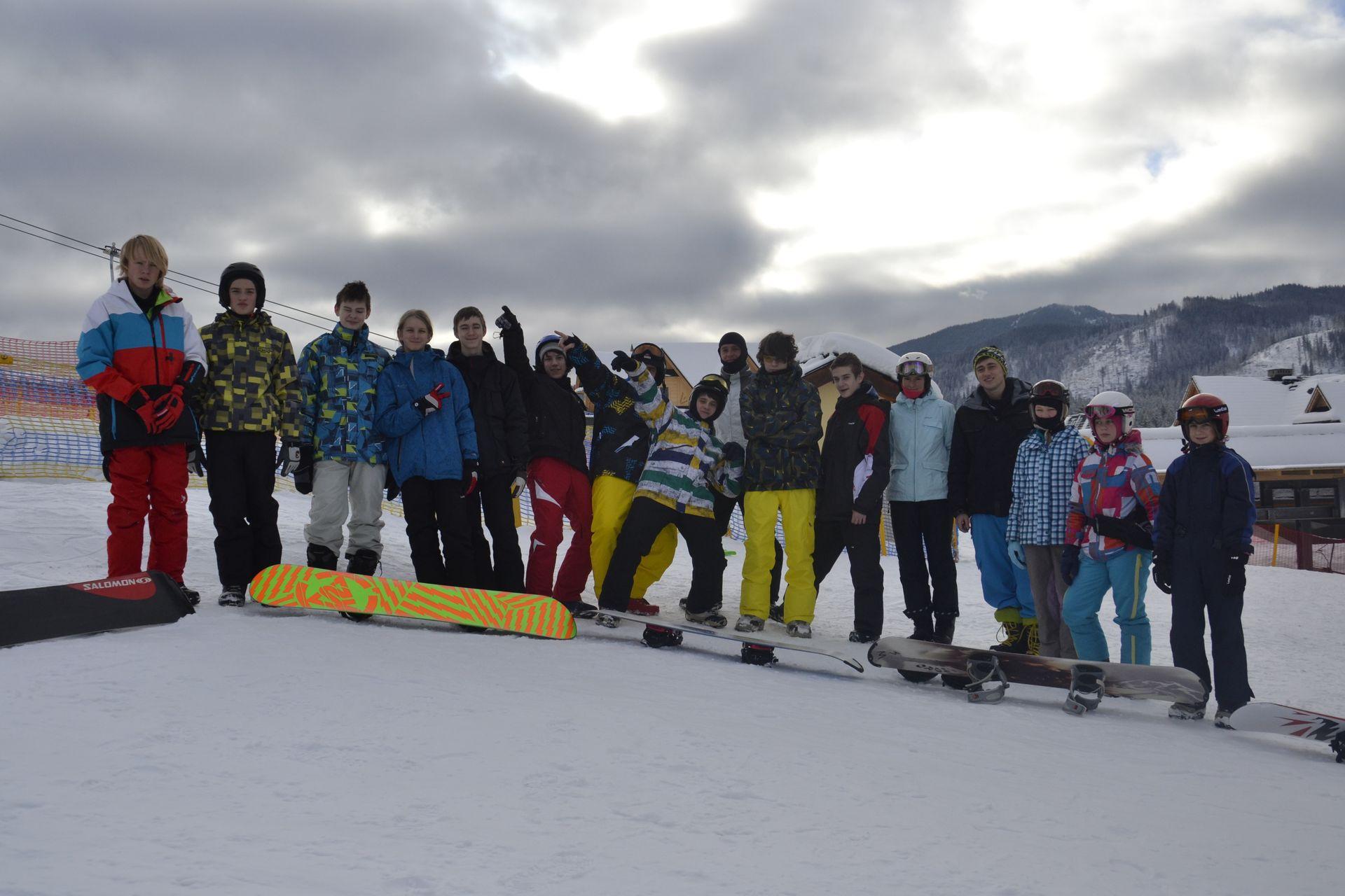 CarTourist_narty-snowboard_2013-foto-2
