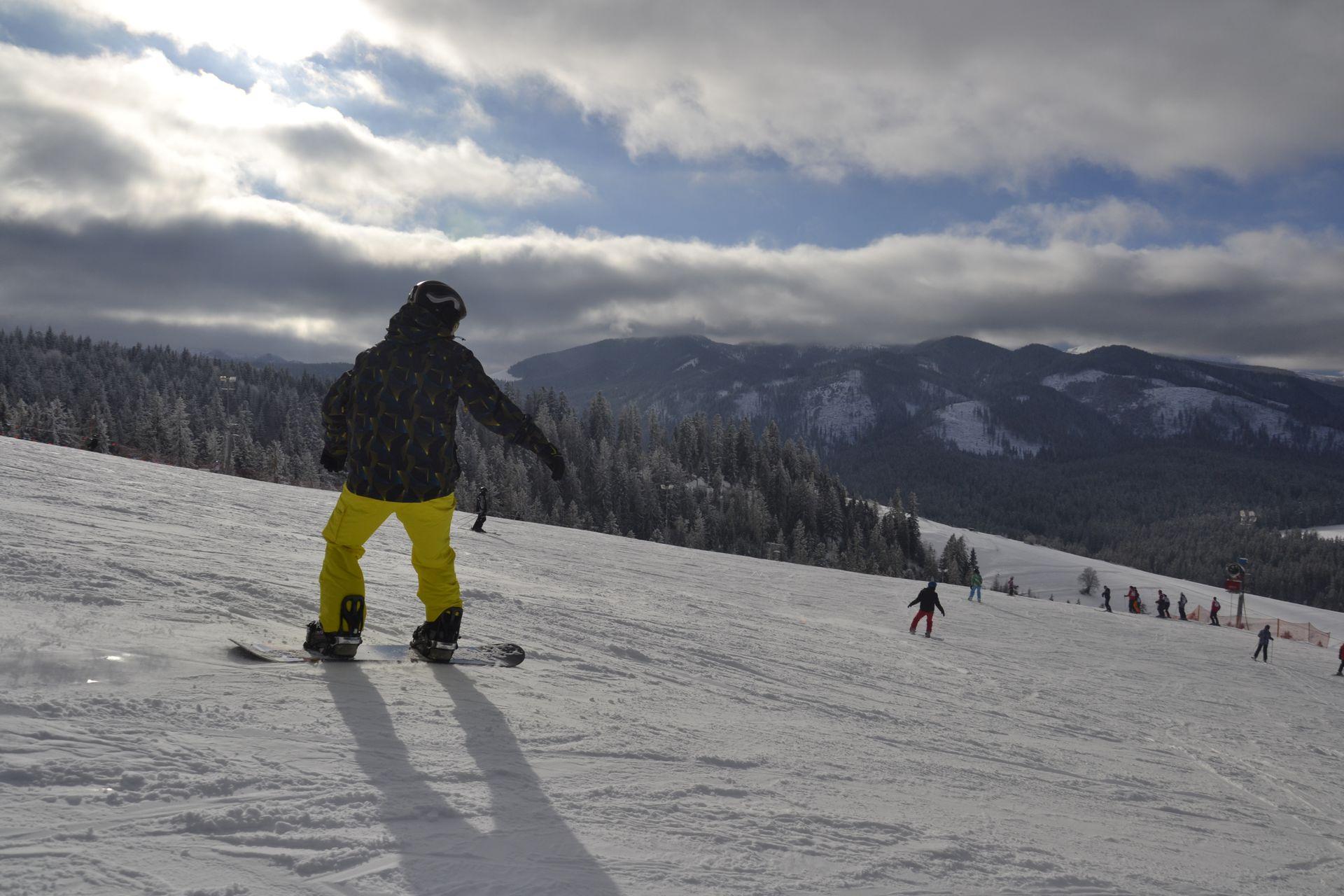 CarTourist_narty-snowboard_2013-foto-4