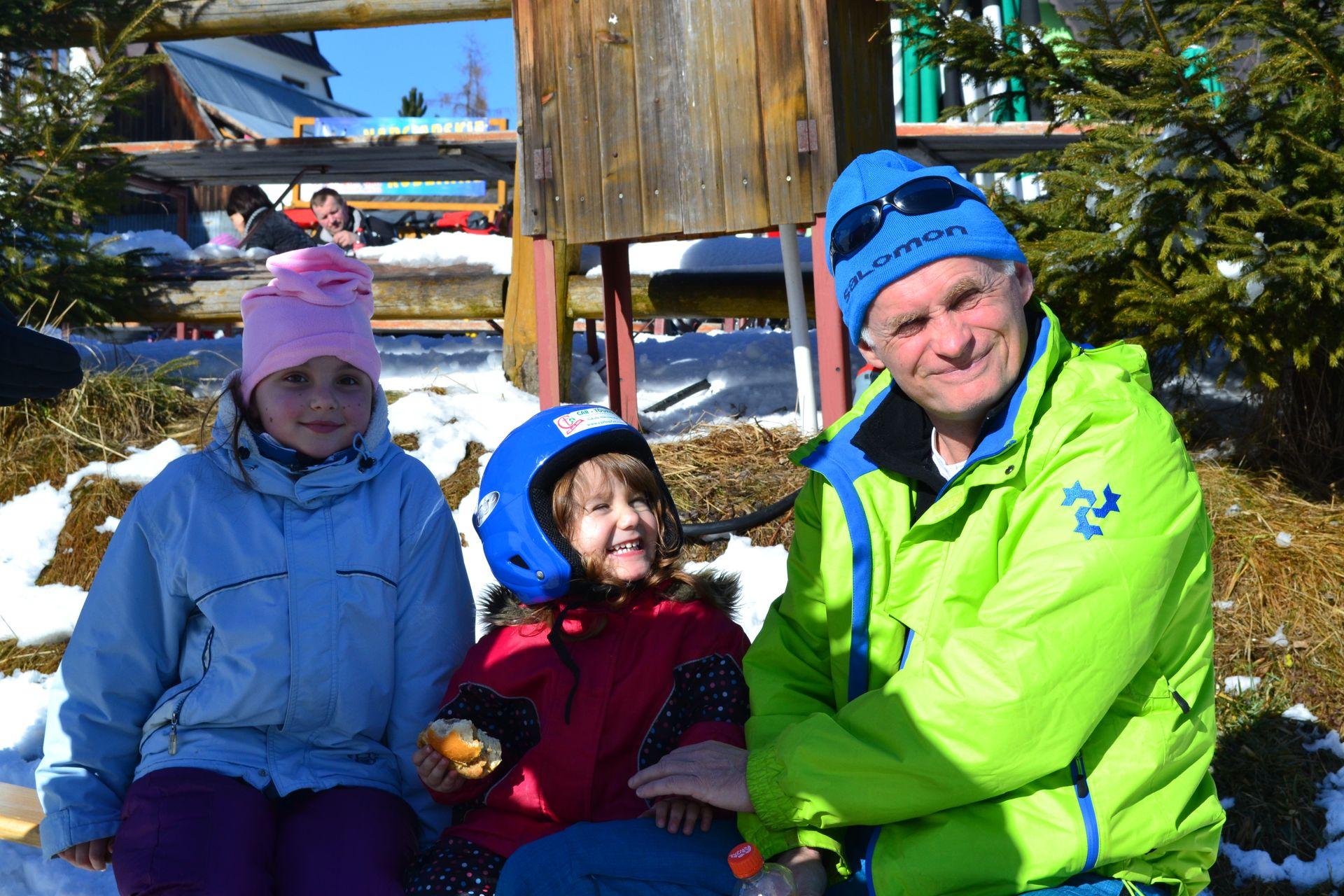 CarTourist_narty-snowboard_2014-foto-2