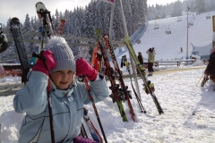 CarTourist_narty-snowboard_2014-foto-1